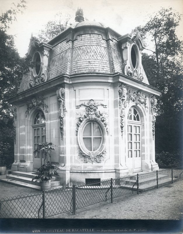 Entry Pavilion, Château de Bagatelle, Paris